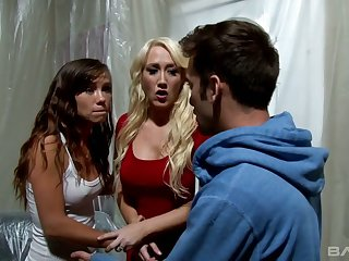 Blond hooker Alana Evans gets her muff nailed and gives her head