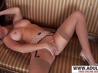 Lustful MILF solo clip