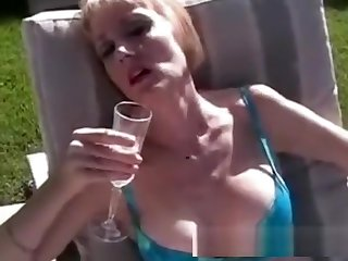 Fun Blowjob With Vintage Granny