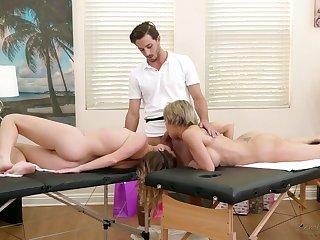 Fantastic and rapacious masseuse Dee Williams loves having threesome