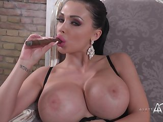 Big-Breasted Darkhaired Porn Star Aletta Ocean Hot Solo