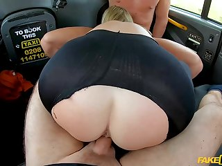 40 y.o. UK milf getting DP'd by 2 cocks in ripped black tights