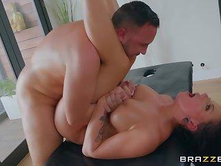 Busty milf deals cock like she's a pro