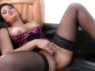 Very Hot Seductive Mother I´d Like To Fuck Rebecca Pinar