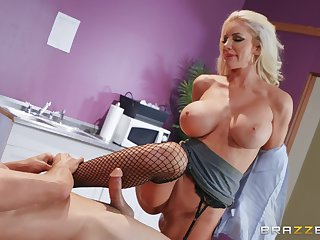 For Nicolette Shea the best way to finish her day is hard sex and a facial