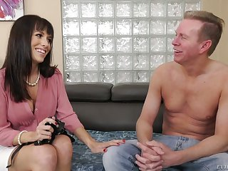 Sultry brunette Alana Cruise flashes tits and begs dude to polish her anus