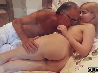 legal yo lady smooching coupled with pokes her step daddy in his bedroom