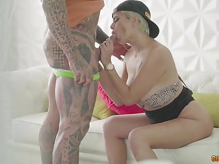 Columbian Milf Gets Assfucking Procreation W Rob Diese