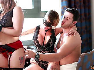 Glamour babes hot kinky threesome porn video